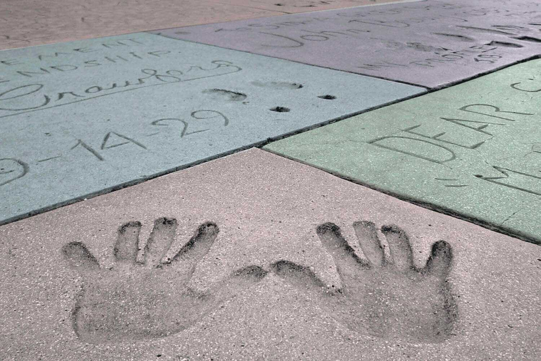 002-chinesefootprints_plus