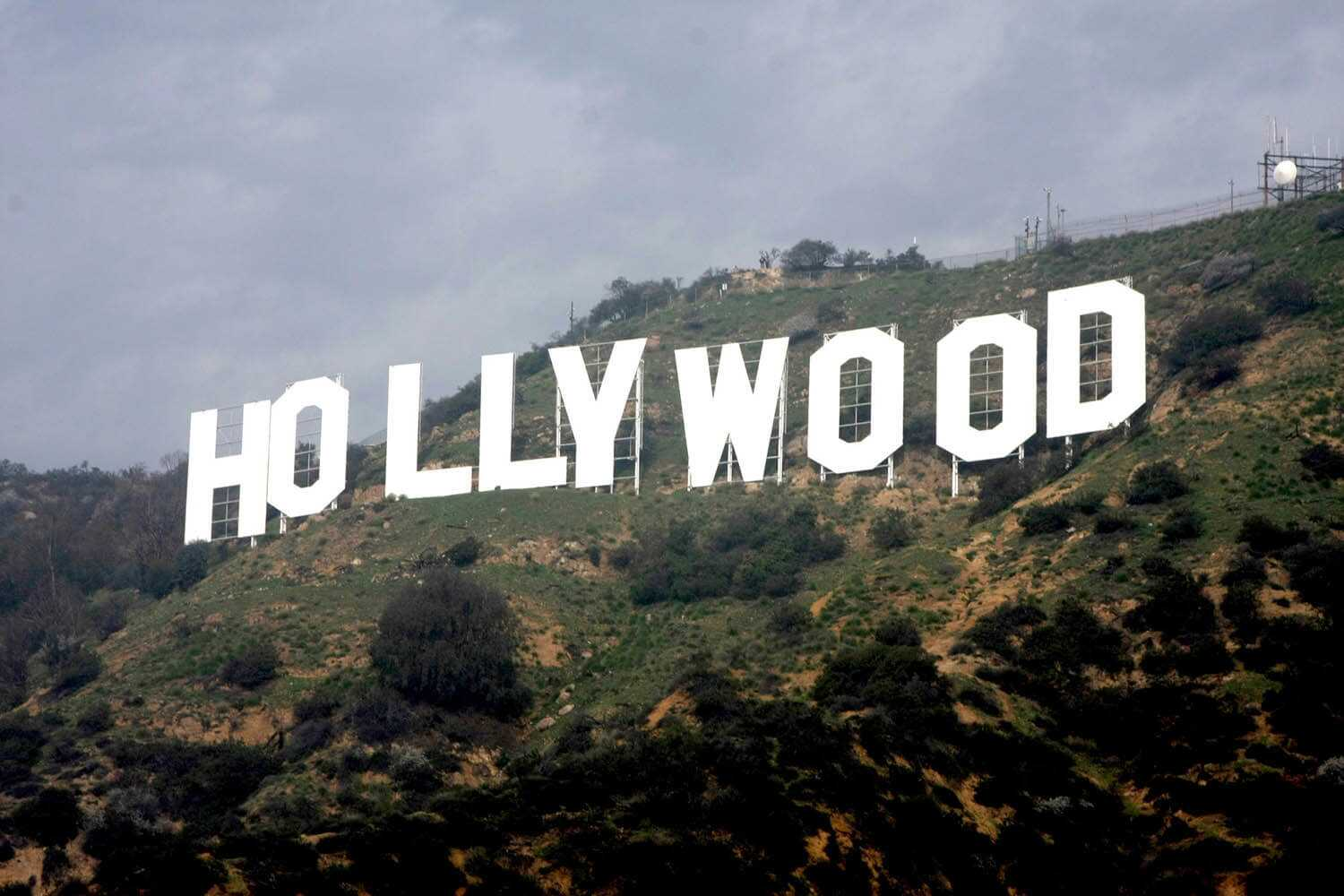 004-hollywoodsign_plus